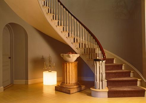 别墅设计-圆形楼梯别墅怎么设计?别墅圆弧楼梯装修注意事项及设计常识
